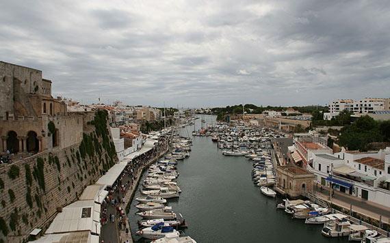 El Puerto de Ciutadella, uno de los más bellos del Mediterráneo